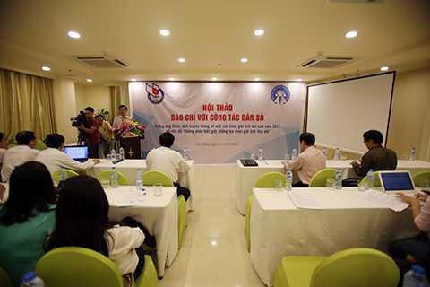 Tổng cục Dân số-KHHGĐ phối hợp với Hội nhà báo Việt Nam tổ chức Hội thảo chuyên đề hưởng ứng Chiến dịch truyền thông về mất cân bằng giới tính khi sinh