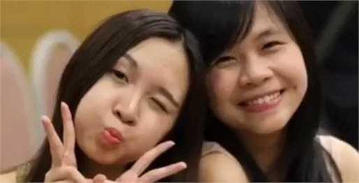 Nét tinh nghịch đáng yêu của Bảo Linh bên bạn thân.