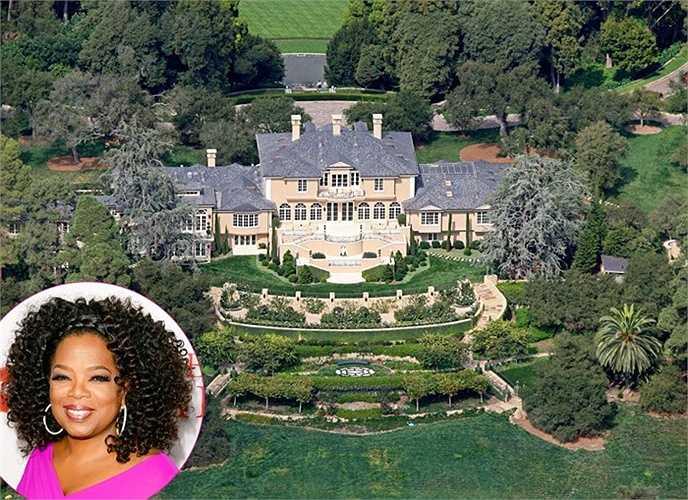 Khu biệt thự với tên gọi Promised Land được Oprah đặt tên để tưởng nhớ Ông hoàng Dr.Martin tọa lạc ở thành phố Montecito, bang California. Ngôi nhà trị giá 52 triệu USD có một nhà khách, 14 phòng tắm, bể bơi, sân tennis, nhà hát và một bể bơi nhân tạo.