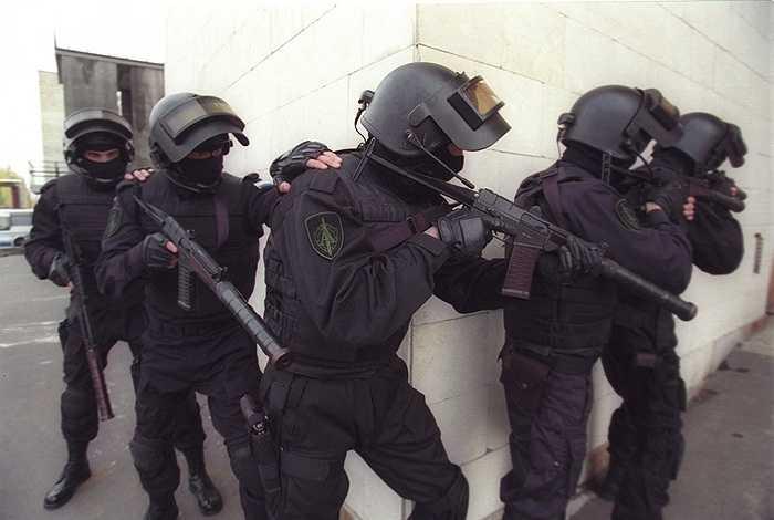7. Lực lượng Alpha của Nga là lực lượng đặc nhiệm nổi tiếng nhất trên thế giới. Nó được thành lập vào năm 1974 và đến nay đã lập được nhiều chiến công hiển hách