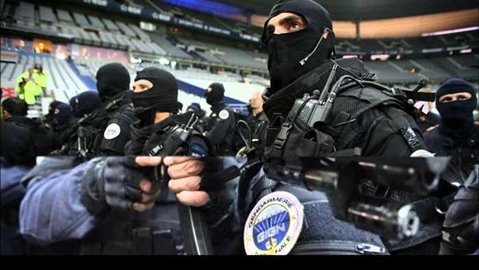 6. National Gendarmerie Intervention (Pháp). Theo thống kê, họ đã giải thoát 600 con tin từ các vụ khủng bố kể từ khi thành lập năm 1973