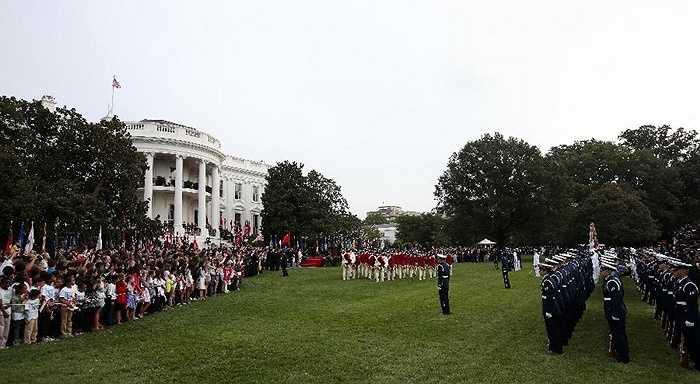 Lễ đón được tổ chức ở Nhà Trắng