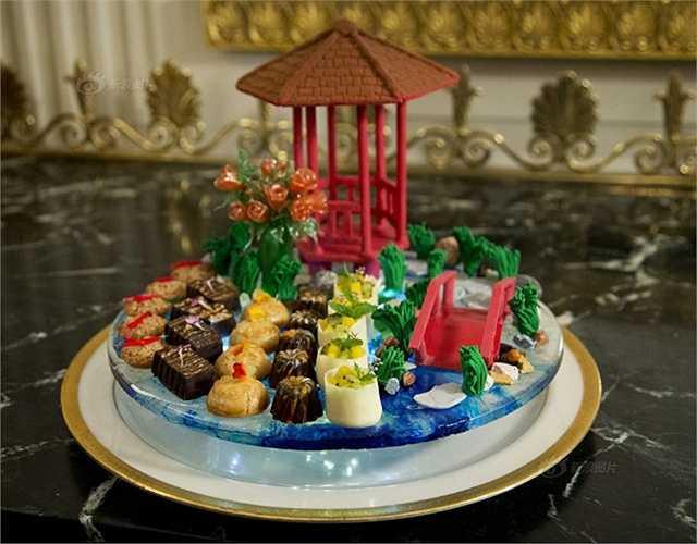 Các món ăn được trang trí cầu kỳ