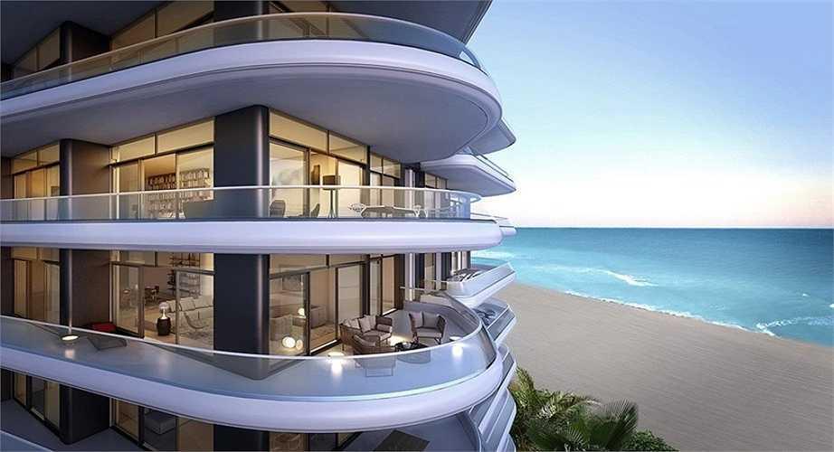 Với biệt thự này, bạn có thể đi dạo ngắm cảnh biển bất cứ khi nào muốn nhờ vị trí thuận lợi của nó.