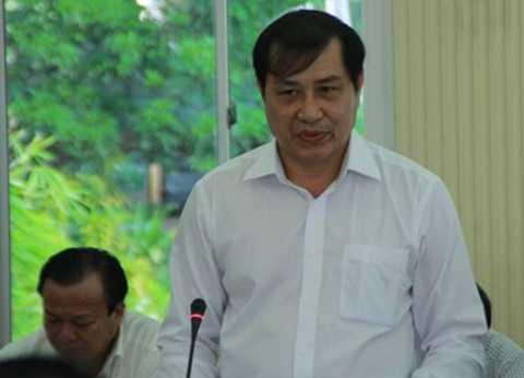 Có mấy con bò mà xử lý không được, có thấy xấu hổ không?, Chủ tịch Đà Nẵng, bò đi lang thang trong TP