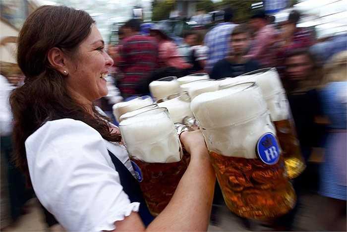 Năm nay lễ hội bia kéo dài 16 ngày