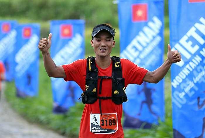 Rất nhiều VĐV Việt Nam tham dự cuộc đua ở 3 cự ly 21km,42km, 70km. Ở lần thứ 3, số lượng VĐV Việt Nam đã tăng lên rất nhiều so với ngày đầu tiên. (Ảnh: Quang Minh)