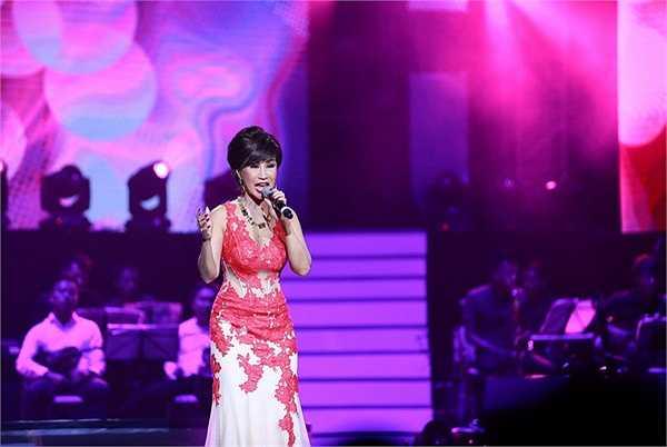 Nữ danh cũng 'xin' khán giả đã yêu Khánh Hà thì nên yêu ngay bây giờ như cách dẫn dắt khéo léo vào ca khúc Nếu có yêu tôi. Khi Khánh Hà rời sân khấu, nhiều khán giả vẫn tha thiết gọi tên, không muốn cho chị vào.