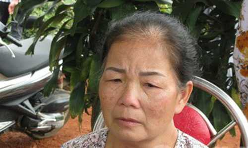 Bà Trần Thị Ngọc Hải, mẹ của nạn nhân Bình.