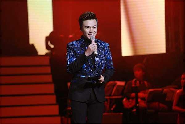 Phan Anh cũng là cặp đôi MC với Nguyễn Cao Kỳ Duyên trong rất nhiều chương trình ca nhạc có nghệ sĩ hải ngoại tham gia.