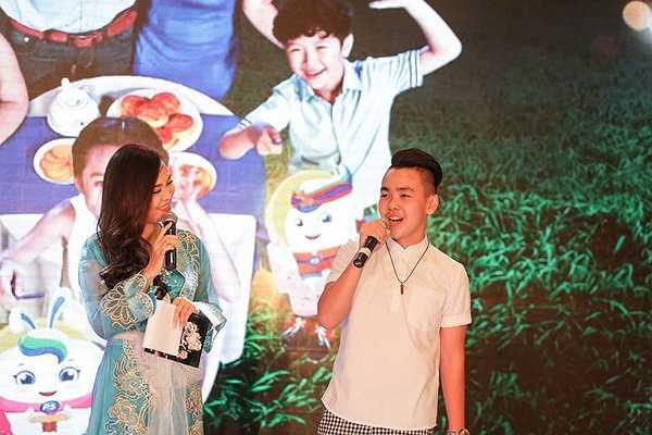 Trong quá trình tham gia The Voice Kids mùa hai, Hoàng Anh đã nhận được sự quan tâm lớn của khán giả.