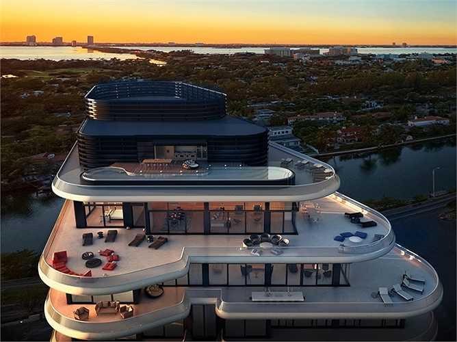 Tòa nhà cao 18 tầng nhưng căn penthouse đã chiếm tới 5 tầng. Trên sân thượng có bể bơi vô cực rất thoải mái cho bất cứ đại gia nào chịu chi tiền mua căn penthouse