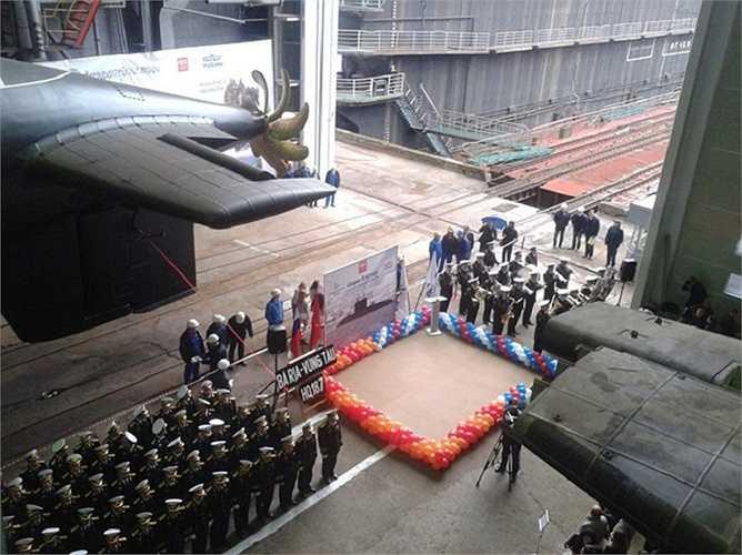 187 Bà Rịa - Vũng Tàu là chiếc tàu ngầm lớp Kilo 636.1 cuối cùng mà Nhà máy Admiralty đóng cho Hải quân Việt Nam theo hợp đồng ký giữa hai nước cuối năm 2009 về việc Nga đóng 6 tàu ngầm Kilo cho Hải quân Việt Nam.