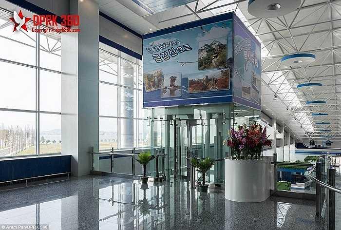 Pan nói rằng anh rất ấn tượng với cơ sở vật chất hiện đại của sân bay mới này
