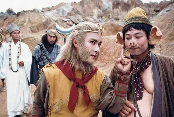 Năm 1996, Hãng truyền hình TVB kỷ niệm 29 năm thành lập bằng bản dựng Tây du ký mới. Mặc dù phải chịu nhiều áp lực từ tác phẩm kinh điển nhưng với yếu tố hiện đại, hài hước Tây du ký vẫn được khán giả ở mọi độ tuổi yêu thích và dẫn đầu top 10 phim truyền hình ăn khách nhất tại Hong Kong trong cùng năm đó.
