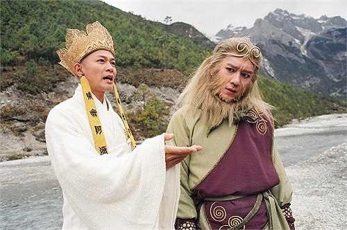 Trần Hạo Dân: Năm 1997, Trần Hạo Dân được TVB tin tưởng giao thể hiện nhân vật Đoàn Dự trong Thiên long bát bộ. Một năm sau, anh thay thế Trương Vệ Kiện đóng vai Tôn Ngộ Không ở phần 2 Tây du ký. Vì thế, từ tạo hình đến phong cách, nam diễn viên phải giống phiên bản cũ, điều này ảnh hưởng không ít đến sự sáng tạo của cá nhân anh. Tuy nhiên, Tôn Ngộ Không vẫn là một trong những vai đáng nhớ trong nghiệp diễn của Trần Hạo Dân.