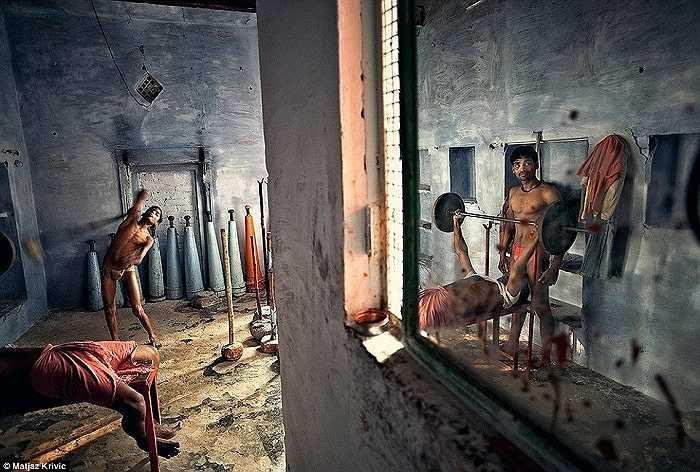 Phòng tập thể dục của các đô vật Kushti ở thành phố Varanasi, Ấn Độ