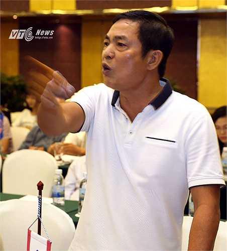 Ông Trần Mạnh Hùng cũng yêu cầu lãnh đạo VPF phải xin lỗi công khai khi trong dự thảo báo cáo tổng kết đã quy cho lãnh đạo CLB Hải Phòng có những phát ngôn làm mất uy tín giải đấu. (Ảnh: Quang Minh)