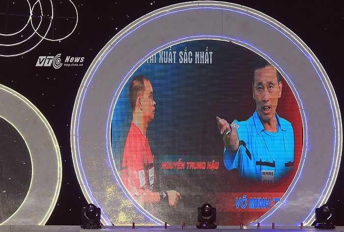 Trọng tài Võ Minh Trí và trợ lý Nguyễn Trung Hậu là hai trọng tài xuất sắc nhất V-League 2015. (Ảnh: Phạm Thành)