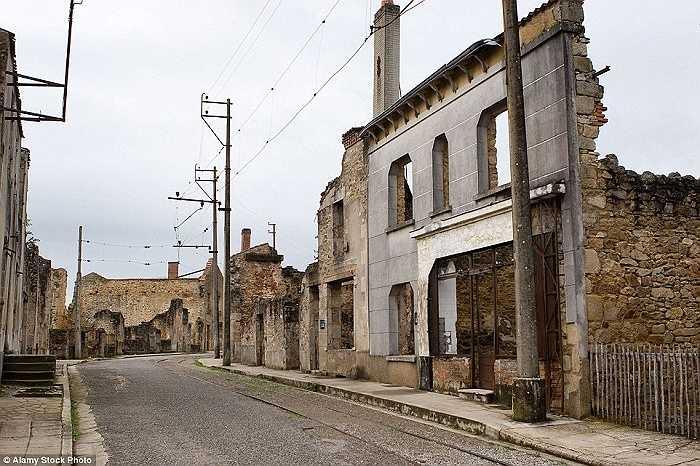 Ngôi làng Oradour-sur-Glane, Pháp là hiện trường của vụ thảm sát 642 người dân vào tháng 6/1944