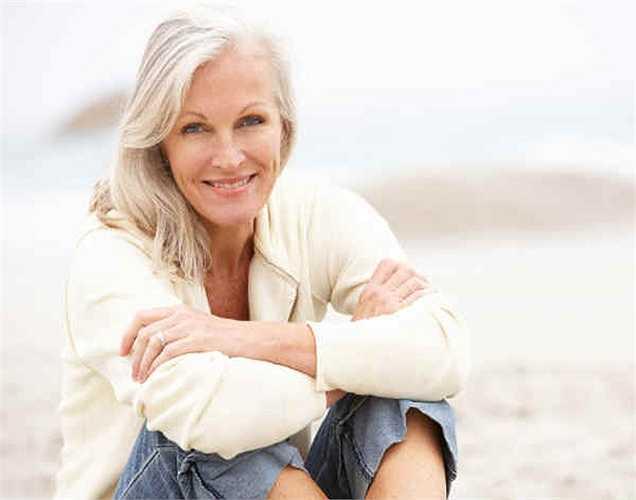2. Khi bạn già đi, lưu thông máu bị ảnh hưởng. Ngoài ra, mức độ hoạt động giảm theo độ tuổi cũng ảnh hưởng đến lưu thông máu.
