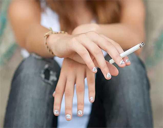 5. Hút thuốc ảnh hưởng đến mạch máu và ảnh hưởng nặng nề đến hệ thống tuần hoàn. Vì vậy hãy bỏ thuốc lá.