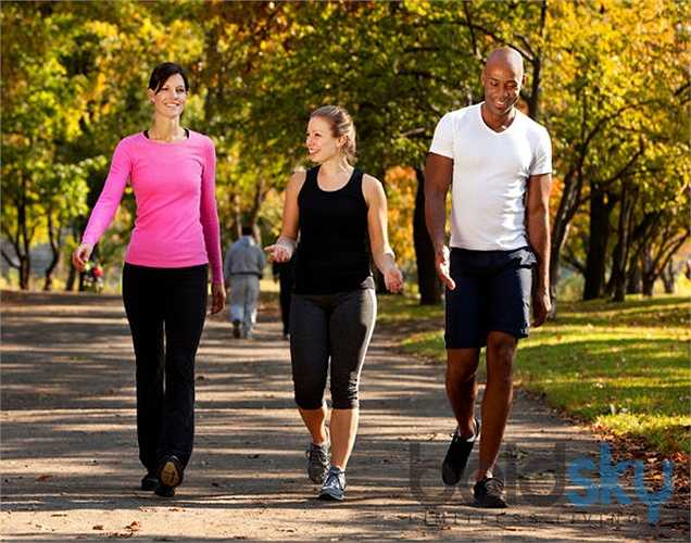7. Lối sống ít vận động có thể ảnh hưởng đến hệ thống tuần hoàn của bạn. Các hoạt động đơn giản như đi bộ cũng có thể tăng cường tuần hoàn máu. Nhân Hòa (theo Boldsky)