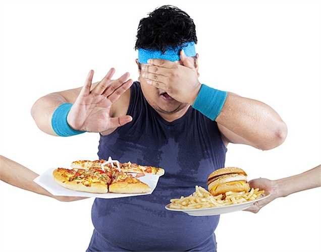 Các chất béo : Khi bị bệnh tiểu đường và các vấn đề tim mạch, điều quan trọng hãy tiêu thụ các chất béo tốt cho cơ thể. Không tiêu thụ quá nhiều thực phẩm chế biến sẵn và tránh xa tất cả các loại thịt, trừ thịt gà sạch.