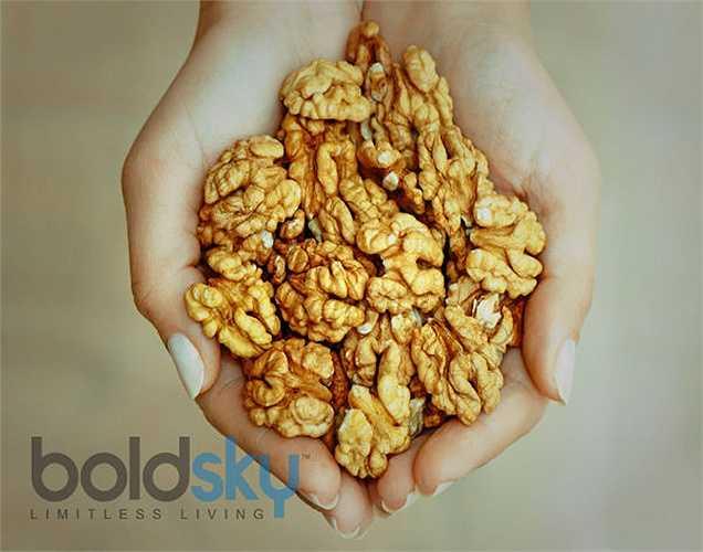 Omega-3: thêm một thìa omega 3 trong thức ăn của bạn vì sẽ làm tăng lượng insulin trong cơ thể cũng như chăm sóc trái tim. Hãy ăn các thực phẩm như đậu tương, quả óc chó, hạt lanh và dầu hạt cải.