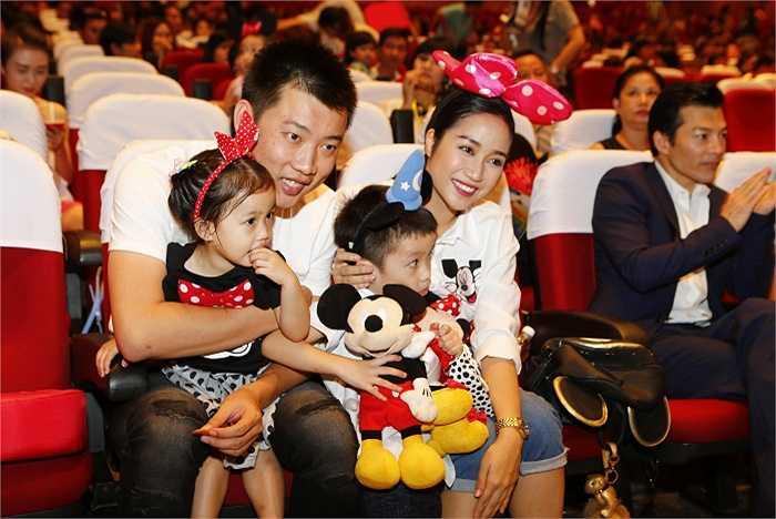Gia đình hạnh phúc của Ốc Thanh Vân.