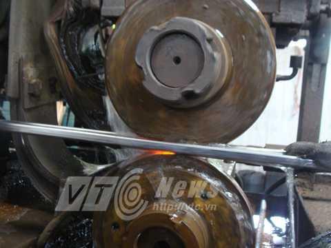 Việc sản xuất vành xe đạp inox đạt độ chính xác rất cao và năng suất bằng hàng ngàn lao động thủ công