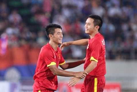 U19 Việt Nam vươn lên đứng đầu bảng G