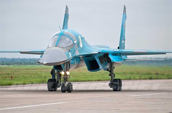 Tốc độ tối đa của Su-34 có thể lên đến 2.000 km/h