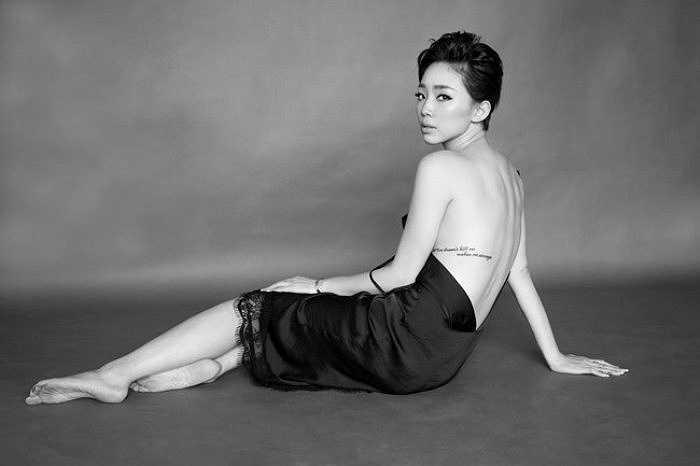 Nhìn hình ảnh Tóc Tiên sau lần lột xác, nhiều công chúng phải ngỡ ngàng vì không ngờ cô bé tóc xù ngày nào lại hấp dẫn đến vậy