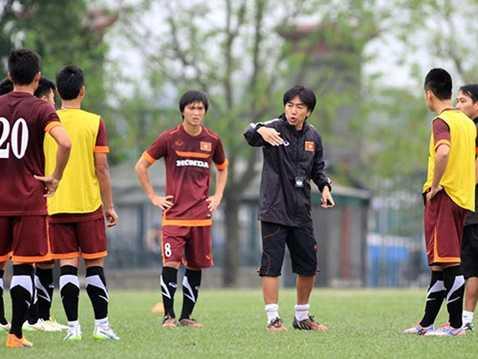 Các thành viên U19, U23 đều có cơ hội lên tuyển vì HLV Miura dùng cầu thủ trẻ