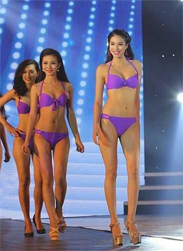 Luôn nổi bật, gây ấn tượng ở các vòng thi phụ, Phạm Thị Hương thẳng tiến vào vị trí Top 10 Hoa hậu Việt Nam 2014.