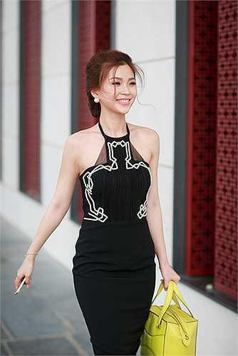 Á hậu Diễm Trang đã bay ra Hà Nội để tham gia một sự kiện được tổ chức tại đây.