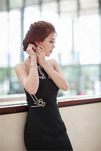 Diễm Trang cho biết cô rất ấn tượng về chiều cao cũng vẻ ngoài xinh đẹp của đàn em.