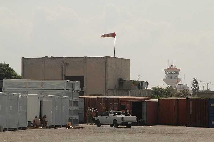 Căn cứ không quân Hmeymim được cung cấp đầy đủ các phương tiện kỹ thuật, nhiên liệu, nhu yếu phẩm phục vụ quân nhân Nga