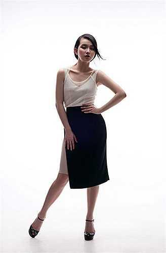 Trước giờ G, Hoa hậu Thùy Lâm đã gửi đến người hâm mộ bộ ảnh mới nhất cô vừa thực hiện.