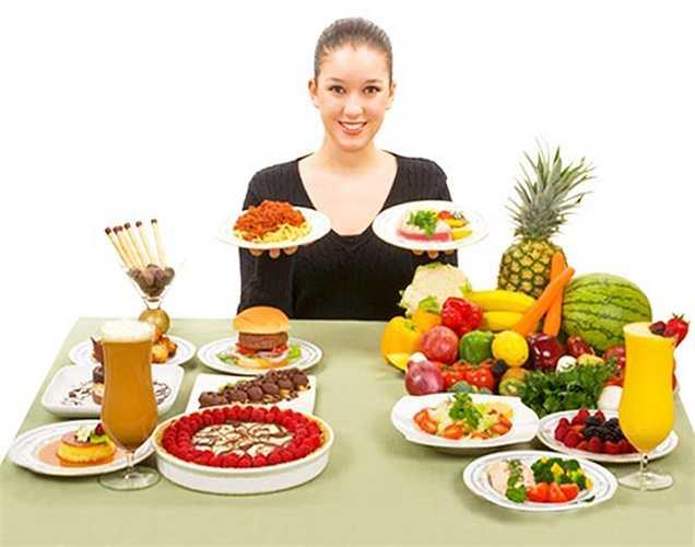 3. Thực phẩm ảnh hưởng đến tâm trạng của bạn. Một chế độ ăn uống có đường có thể dẫn đến thay đổi tâm trạng trong khi các loại thực phẩm lành mạnh lại giữ cho tâm trạng ổn định.
