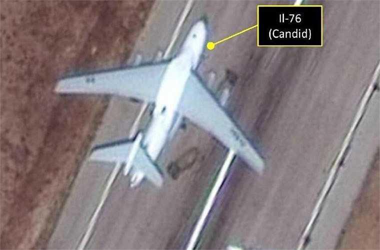 Truyền thông phương Tây gần đây liên tục đưa tin về loạt vũ khí tối tân Nga tập trung ở sân bay Bassel Al-Assad, Syria.