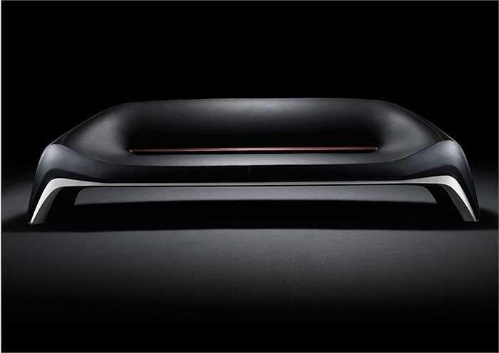 Chiếc ghế sofa này do hãng xe Nhật Bản Mazda sản xuất, những người thiết kế sofa cho biết họ lấy cảm hứng từ mặt táp-lô của chiếc crossover Mazda CX-3.