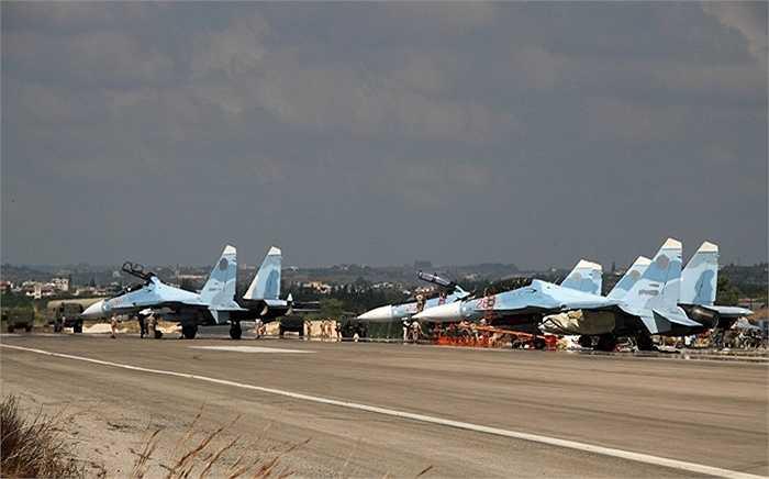Các chiến cơ Su-30 của Nga ở Syria
