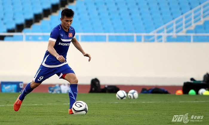 Công Vinh sẽ là đội trưởng của tuyển Việt Nam ở trận đấu với Iraq tới đây.