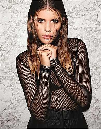 Maja Darving đang là người mẫu khá có tiếng tại Đan Mạch. Cô hoạt động mạng xã hội khá chăm chỉ. Chính nhờ kênh thông tin này mà Maja Darving và CR7 sớm xích lại gần nhau