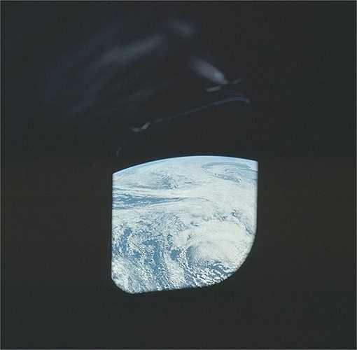 Chương trình Apollo diễn ra từ năm 1961 tới năm 1975. Mục tiêu chương trình cũng như nhiệm vụ mang tầm quốc gia mà cựu Tổng thống Mỹ John F. Kennedy đặt ra chính là đưa con người lên Mặt Trăng và đưa phi hành gia đó quay trở lại Trái Đất an toàn. (Nguồn: Sputniknews)