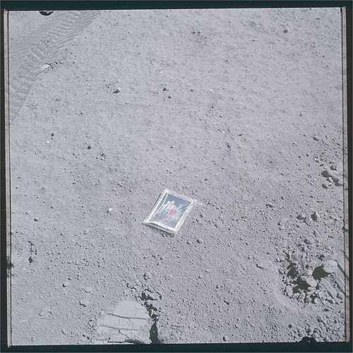 Ngoài chuyến bay thành công đầu tiên của Armstrong và Aldrin, còn có 5 chuyến tàu Apollo khác cũng đưa phi hành gia thành công lên bề mặt Mặt Trăng. (Nguồn: Sputniknews)
