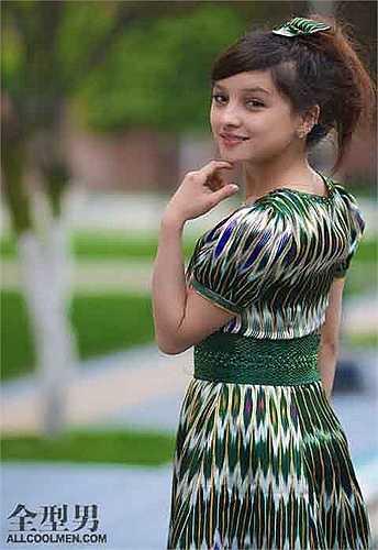 Không chỉ có gương mặt ưa nhìn, những cô gái Duy Ngô Nhĩ còn có dáng người đẹp đúng chuẩn.