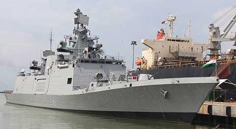 Tàu INS Sahyadri của Hải quân Ấn Độ cập cảng Đà Nẵng